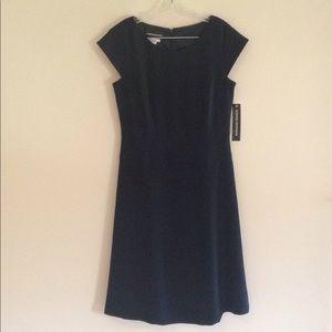 NWT Donna Morgan Little Black Dress